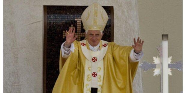 Zehntausende bei Papst-Messe in Nazareth