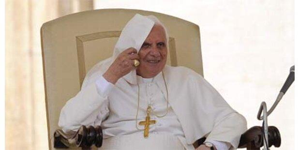 Benedikt XVI. beging 82. Geburtstag