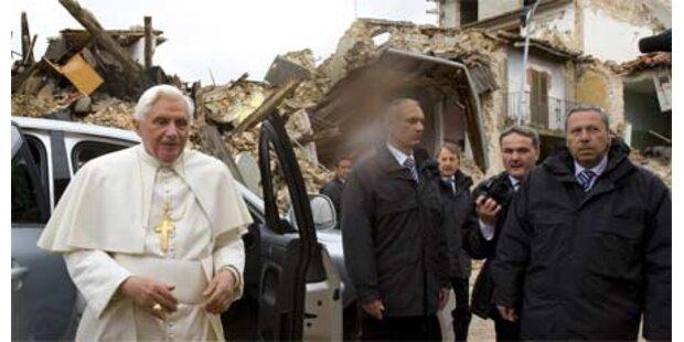 Papst besuchte Erdbeben-Region