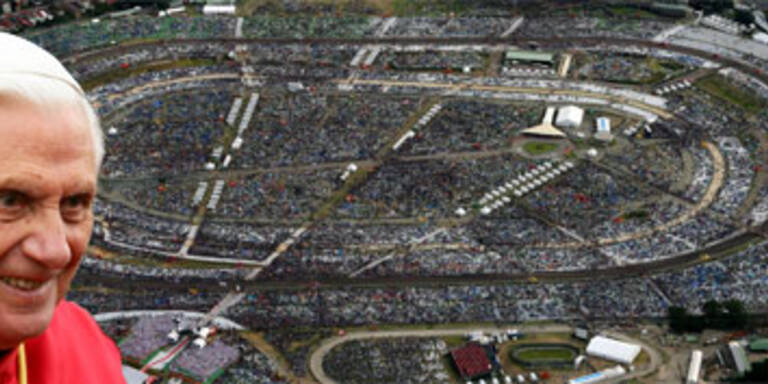 Papst prangert Abtreibung bei Abschlussmesse an