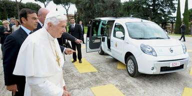 Papst fährt ab sofort elektrisch