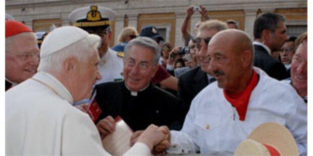 Gondoliere ruderte von Venedig zum Papst nach Rom