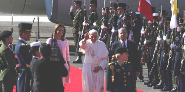 Mexikaner feiern Papst Benedikt