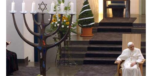 Weiterer Priester leugnet Shoah