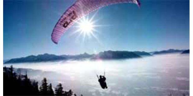 Deutscher Paragleiter in Tirol abgestürzt
