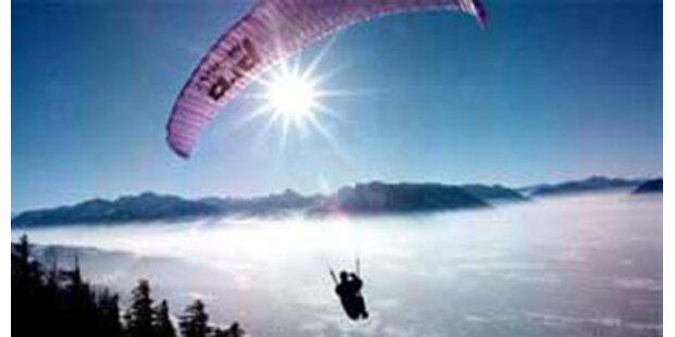 Paragleiten: Mehrere Unfälle in Tirol