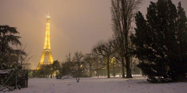 Paris versinkt im Schneechaos