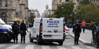 Vier Polizisten ermordet!
