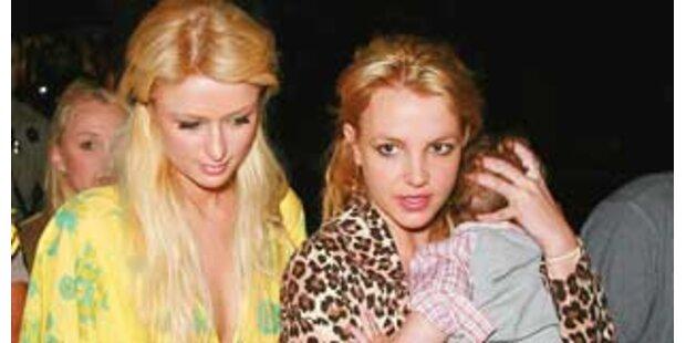 Britney droht Paris mit Lesben-Sex-Video