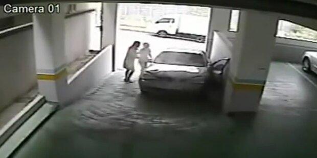 Koreanerin rammt Parkhausmauer drei Mal