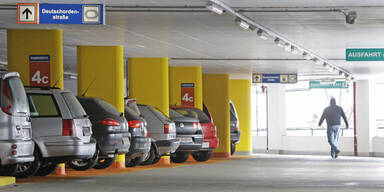 Deutscher verlor Auto im Parkhaus