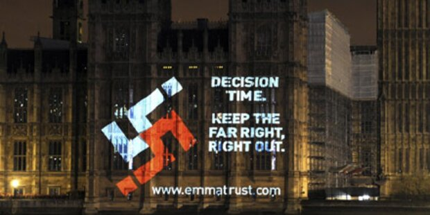 Hakenkreuz am Londoner Parlament