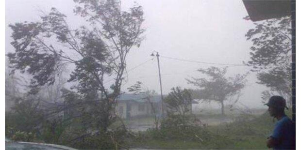 Taifun auf Philippinen - erste Tote