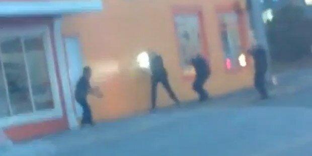 Polizisten schießen Unbewaffneten nieder