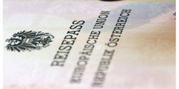 Kinder brauchen eigenen Pass