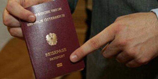 Einbürgerungs-Zahlen fast halbiert