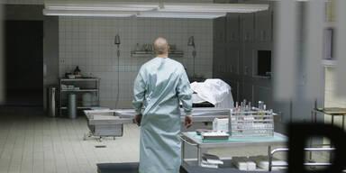 Chef-Pathologe fordert mehr Obduktionen von Geimpften