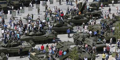 Putin plant einen Waffen-Vergnügungspark