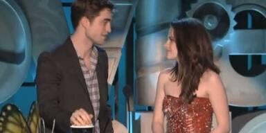 Twilight-Schwarm Pattinson küsst Lautner