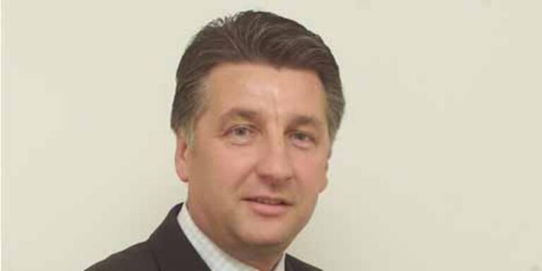 Investor Ronny Pecik ist in Turbulenzen