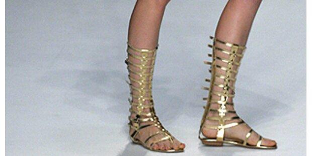 Fashionistas tanzen wie junge Römerinnen