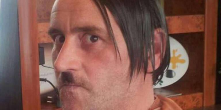 "Pegida: Krach wegen ""Hitler-Foto"""
