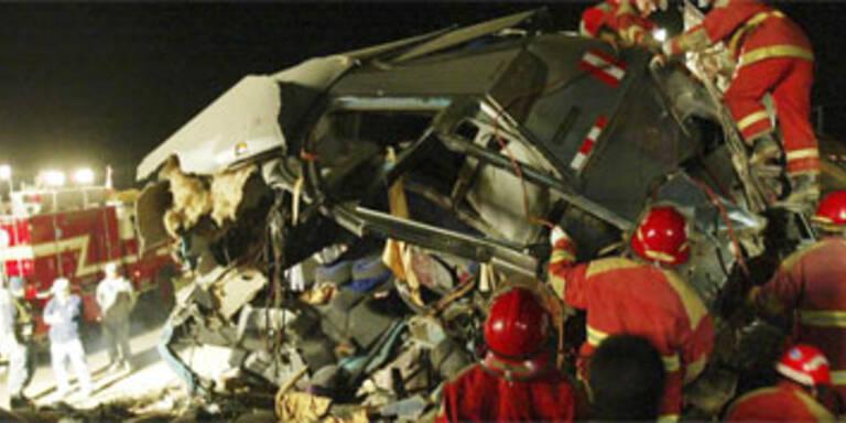 22 Tote bei Busunglück in Peru