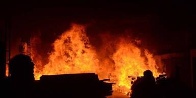 Fünf Tote bei Brand von Corona-Spital