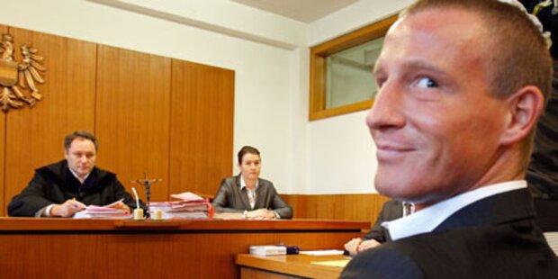 BZÖ-Petzner stand vor dem Straf-Gericht