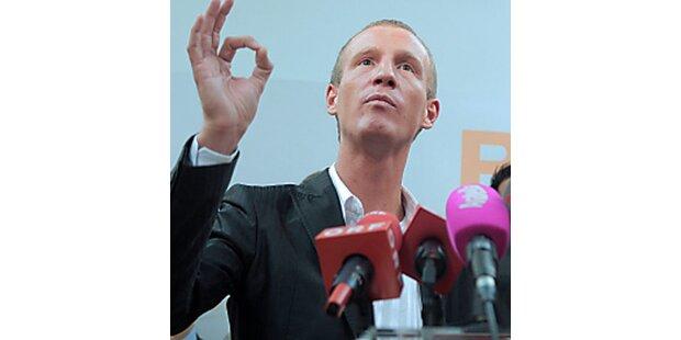 Bucher, Petzner bleiben orange