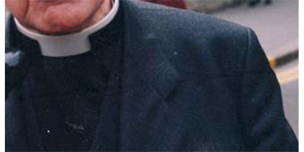 Prügel-Vorwürfe gegen Pfarrer