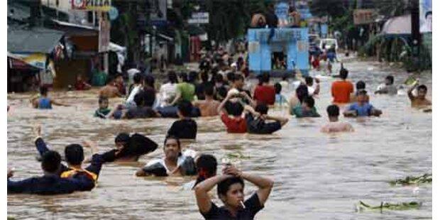 Sturm Ketsana zieht nach Vietnam weiter