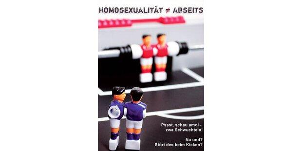 Der schwulste Fußball traf ins Tor