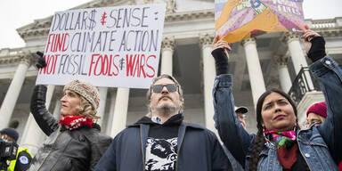"""""""Joker""""-Star Joaquin Phoenix bei Klimaprotest verhaftet"""