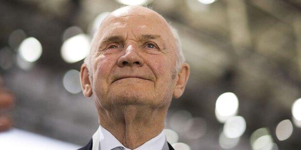 Ex-VW-Patriarch Piëch zieht sich bei Porsche zurück