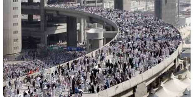 28 Pilger im Iran getötet