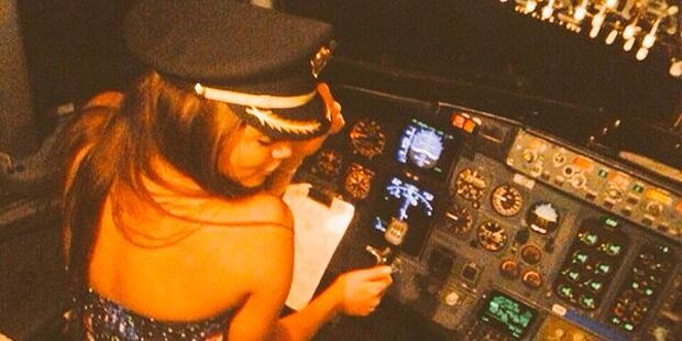 Dieses sexy Foto kostet Pilot den Job