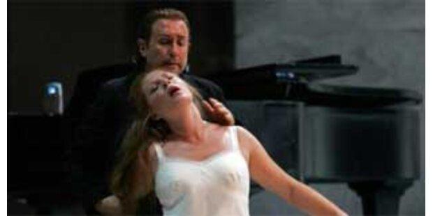 Tschaikowsky-Oper spielt im Sex-Klub