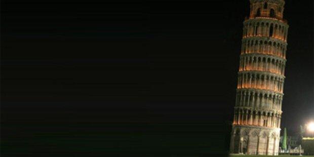 Selbstmord vom schiefen Turm von Pisa