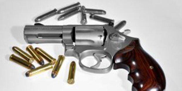 Mann am Oberschenkel angeschossen
