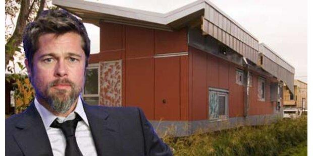 Brad Pitt stellt schwimmendes Haus vor