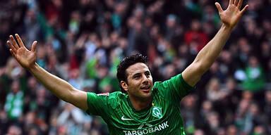 Pizarro kündigte bei Werder