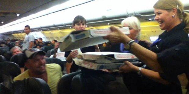 Flug verspätet: Pilot bestellt Pizza für alle
