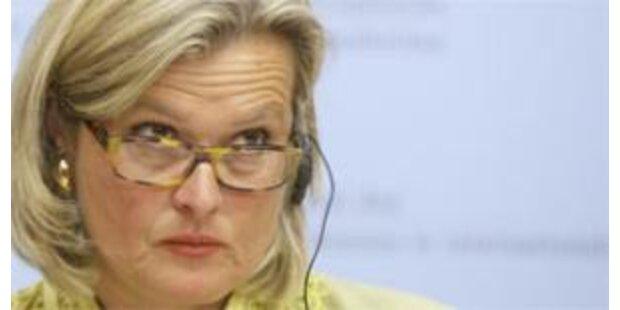 Österreich für Plassnik als OSZE-Chefin