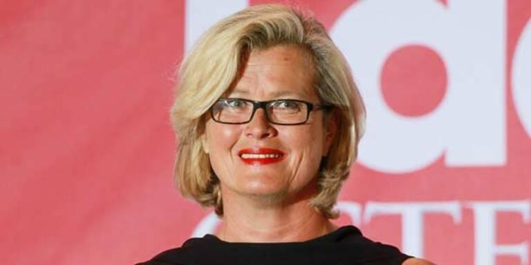 Wirbel um Ex-Außenministerin Plassnik in der Schweiz