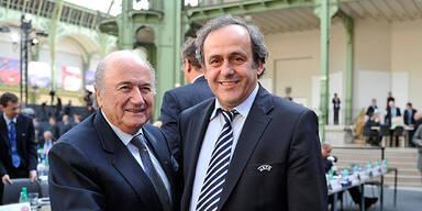 Platini und Blatter streiten um WM 2022