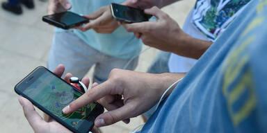 Tausende Pokémon-Go-Spieler beim Stephansdom