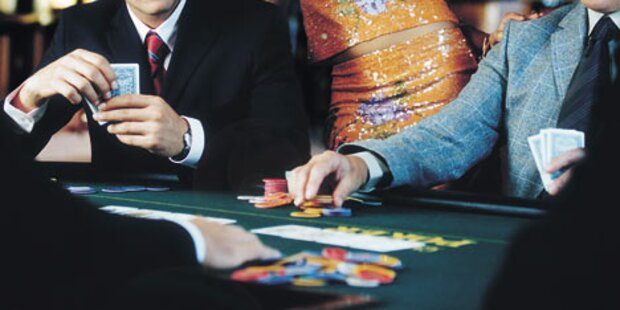 Spielsüchtige mit 36.000 Euro verschuldet