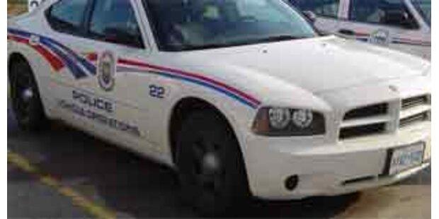 Räuber warfen Baby aus gestohlenem Auto