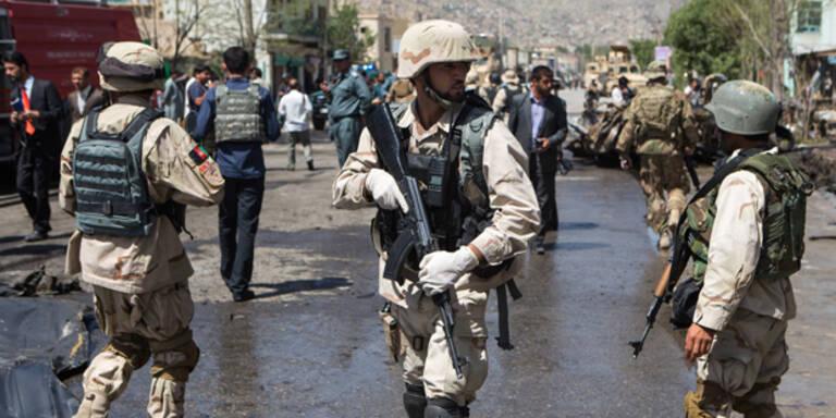 Afghanistan: Reisende als Geiseln genommen